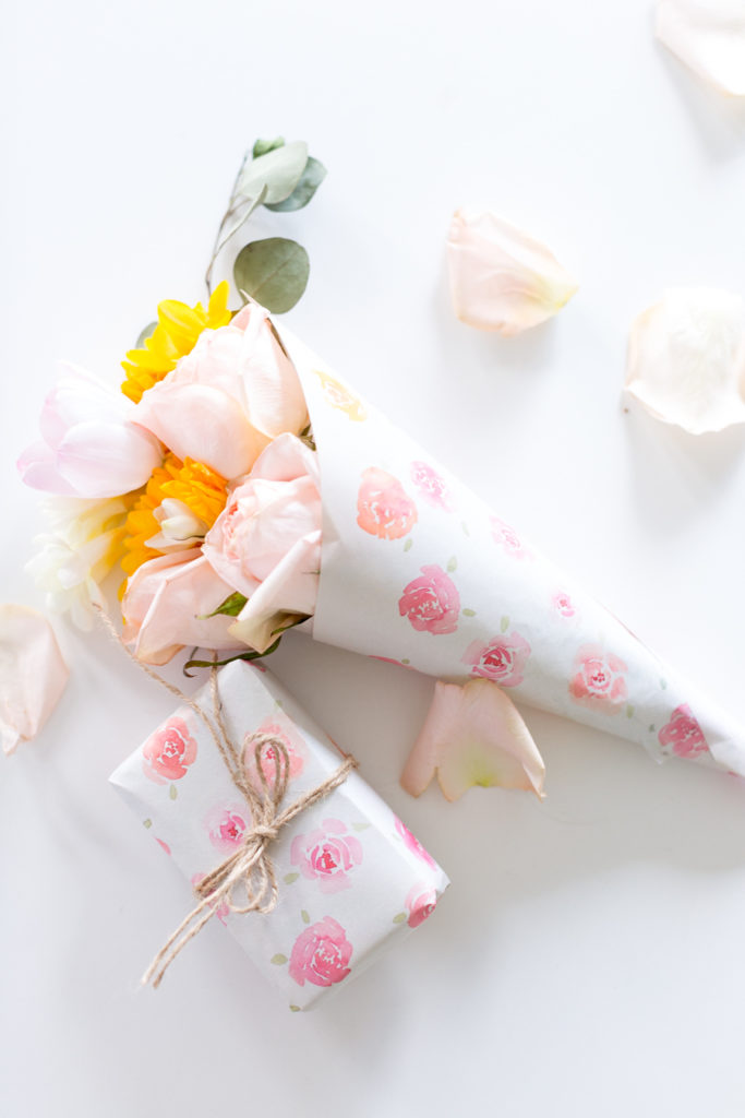 DIY: Floral Wrapping Paper Lifestyle Renos & DIY