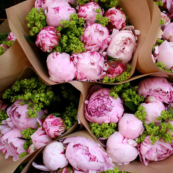 Creating a Memorable Mother's Day for Mom Beauty Decor Fashion Food Lifestyle Renos & DIY Travel Uncatagorized