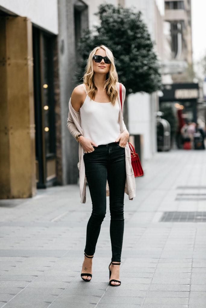 The Only 5 Outfits You Need This Spring Fashion
