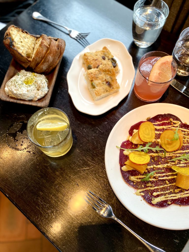Travel Guide: New York in 48 Hours Destinations Dine Experience Travel